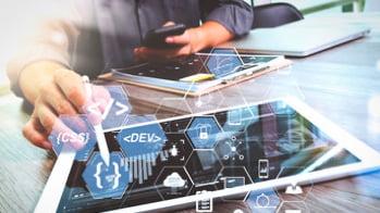 Online-Plattformen - Technologie-Stack Headerbild